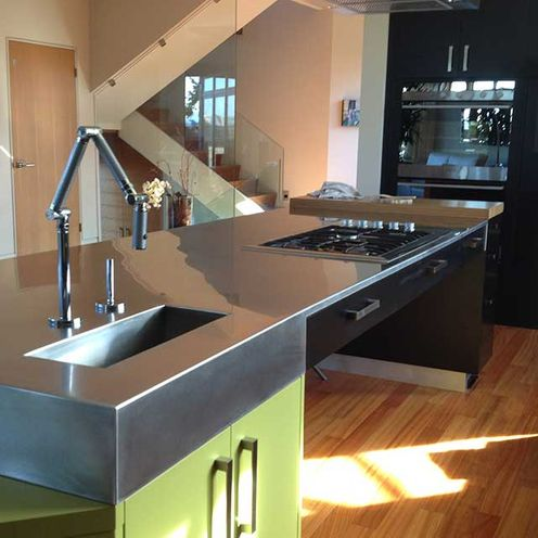 stainless countertop/sink